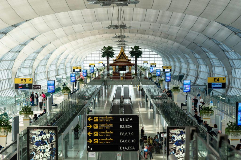 aéroport avion dépenser argent