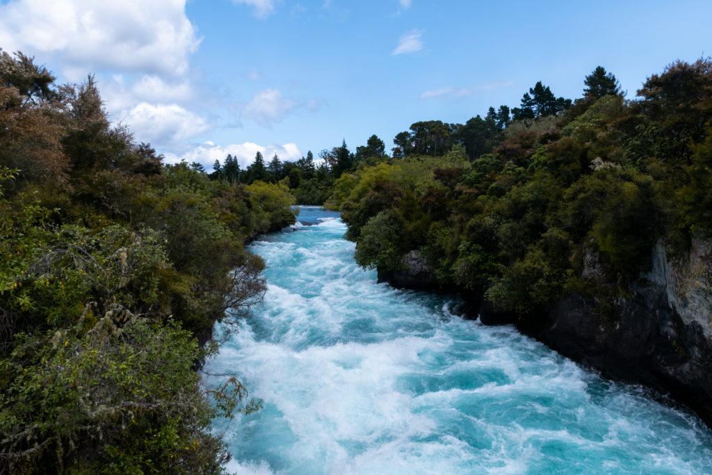 mogoonthego mogo on the go huka falls auckland ile du nord road trip cascade eau taupo