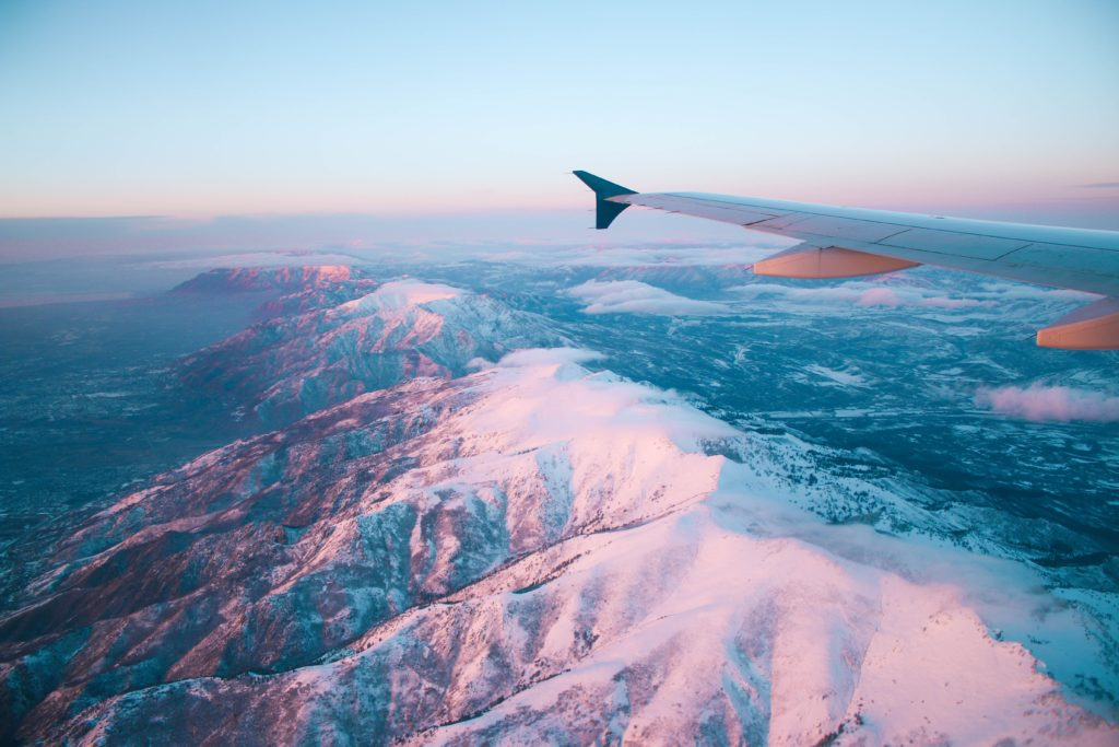 vol long courrier avion plane clouds avion tourisme touriste voyage blog mogoonthego mogo on the go