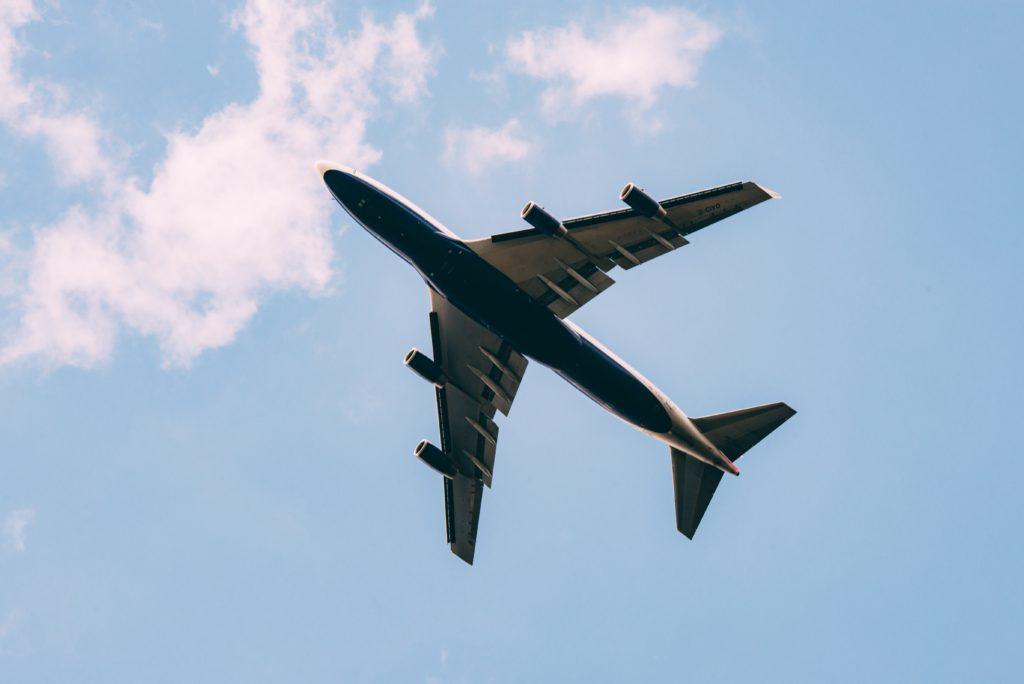 vol long courrier problème problèmes mogoonthego mogo on the go clouds nuages avion plane tourisme voyage touristes