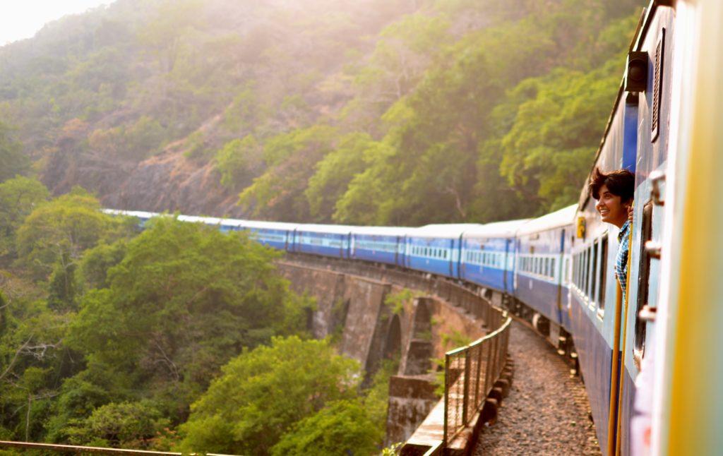 mogoonthego mogo on the go train voyage travel blog