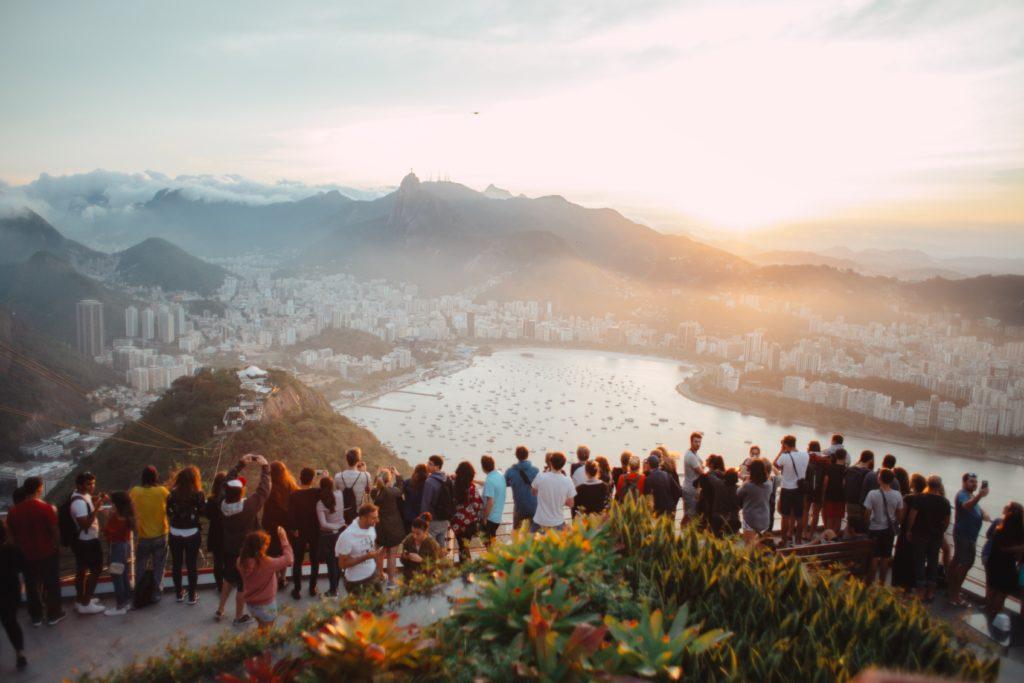 tourisme touriste vacance voyage paysage avion les pires comportements derives covid 19 covid19 coronavirus pandemie