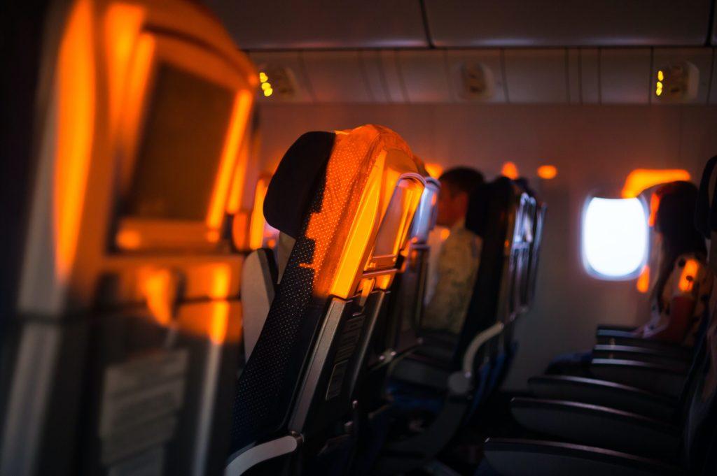 accouchement naissance dans un avion usa etats unis dans les airs