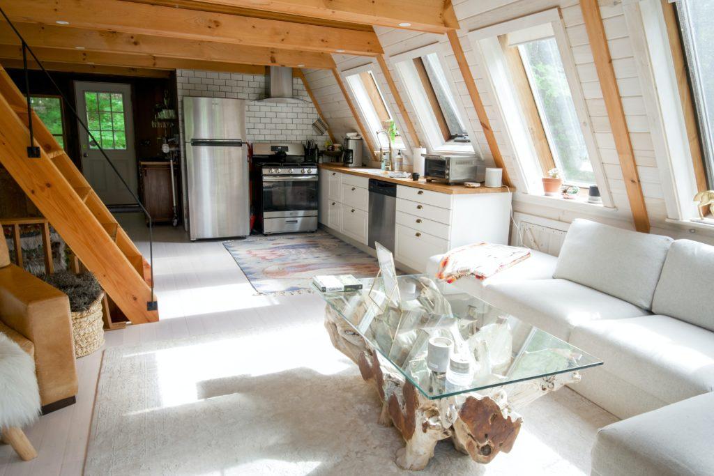 airbnb news nouveaute tourisme logement plateforme hebergement hotel