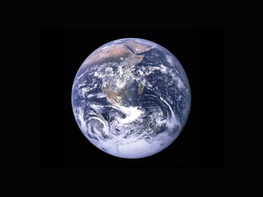 terre planete ecologie environnement spacex nasa blue origin virgin galactic impact