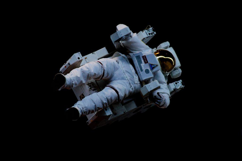 iss elon musk jeff bezos richard branson blue origin amazon tesla spacex virgin galactic new shepard