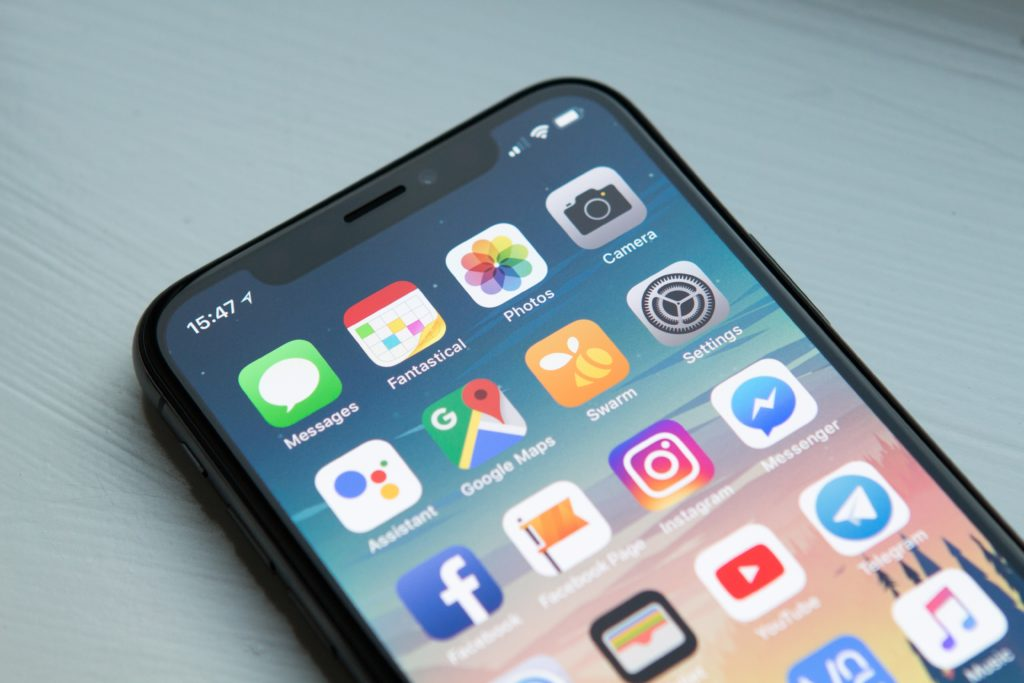 applications gratuites voyage iphone mobile portable smartphone