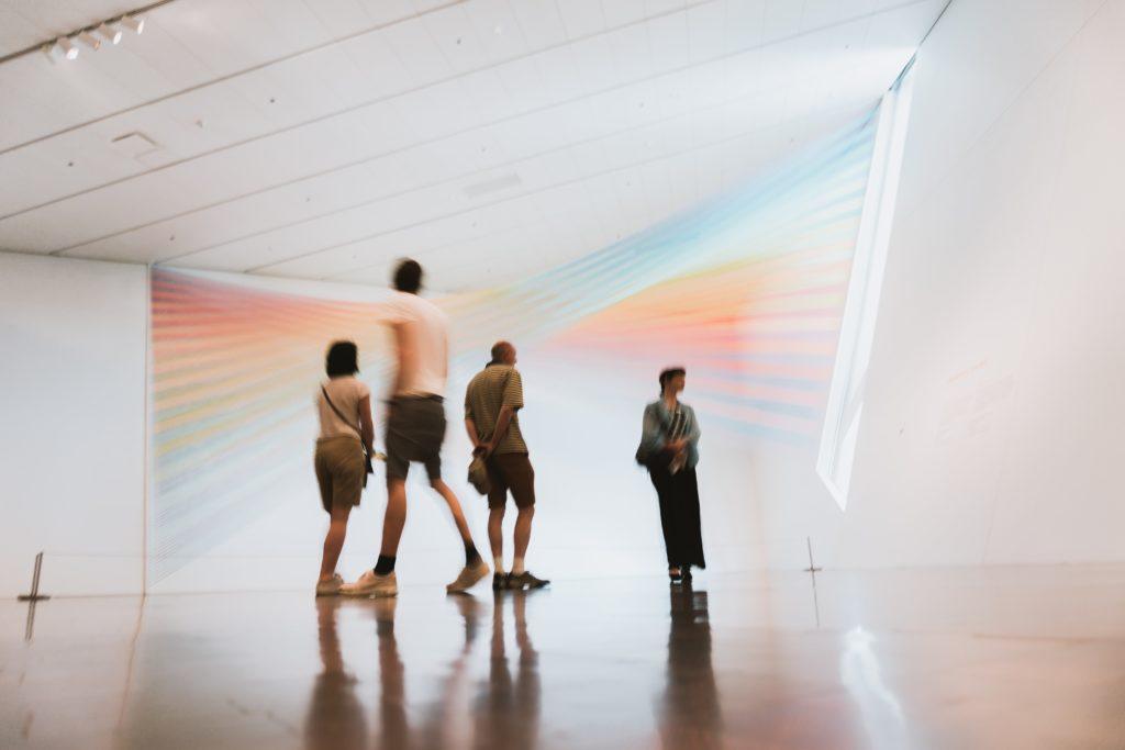 musee insolite monde globe art oeuvre culture