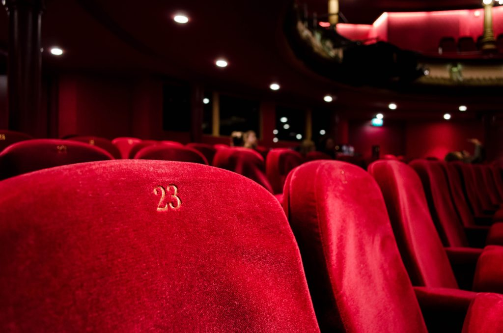pass sanitaire impact culture divertissement cinema restaurant parc attraction musee art